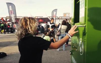 Dona ropa y calzado en la Spartan de Mallorca