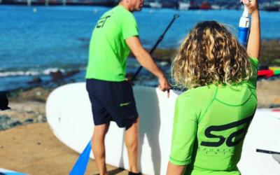 Jesús HF en paddle surf con delfines y tortugas